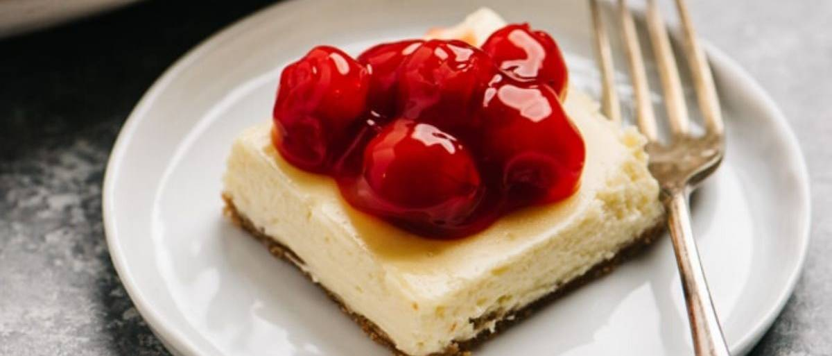 cheesecake bar on a plate