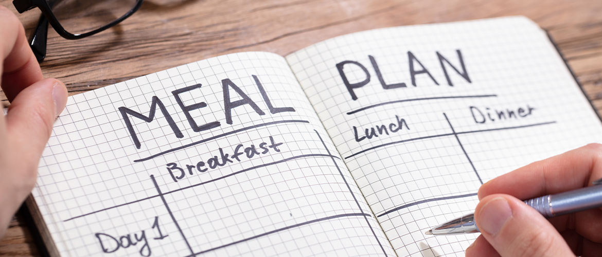 Meal Planning Made Easier: 4 Tips From a Busy Mom