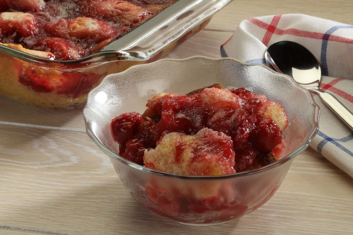 easy cherry cobbler in a glass bowl