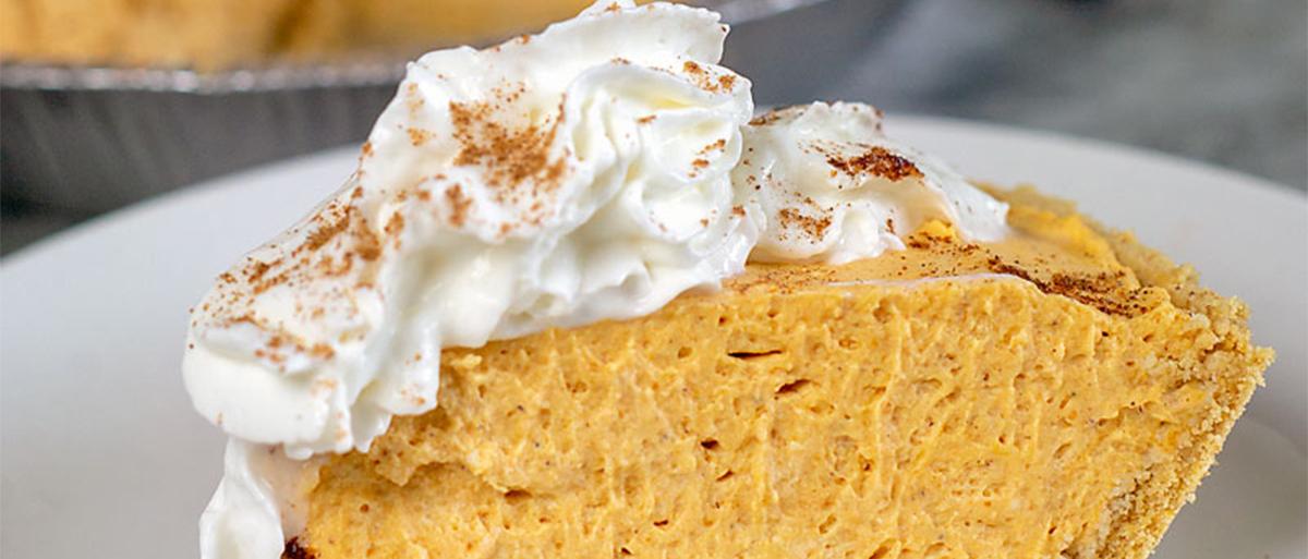 slice of no bake pumpkin cheesecake