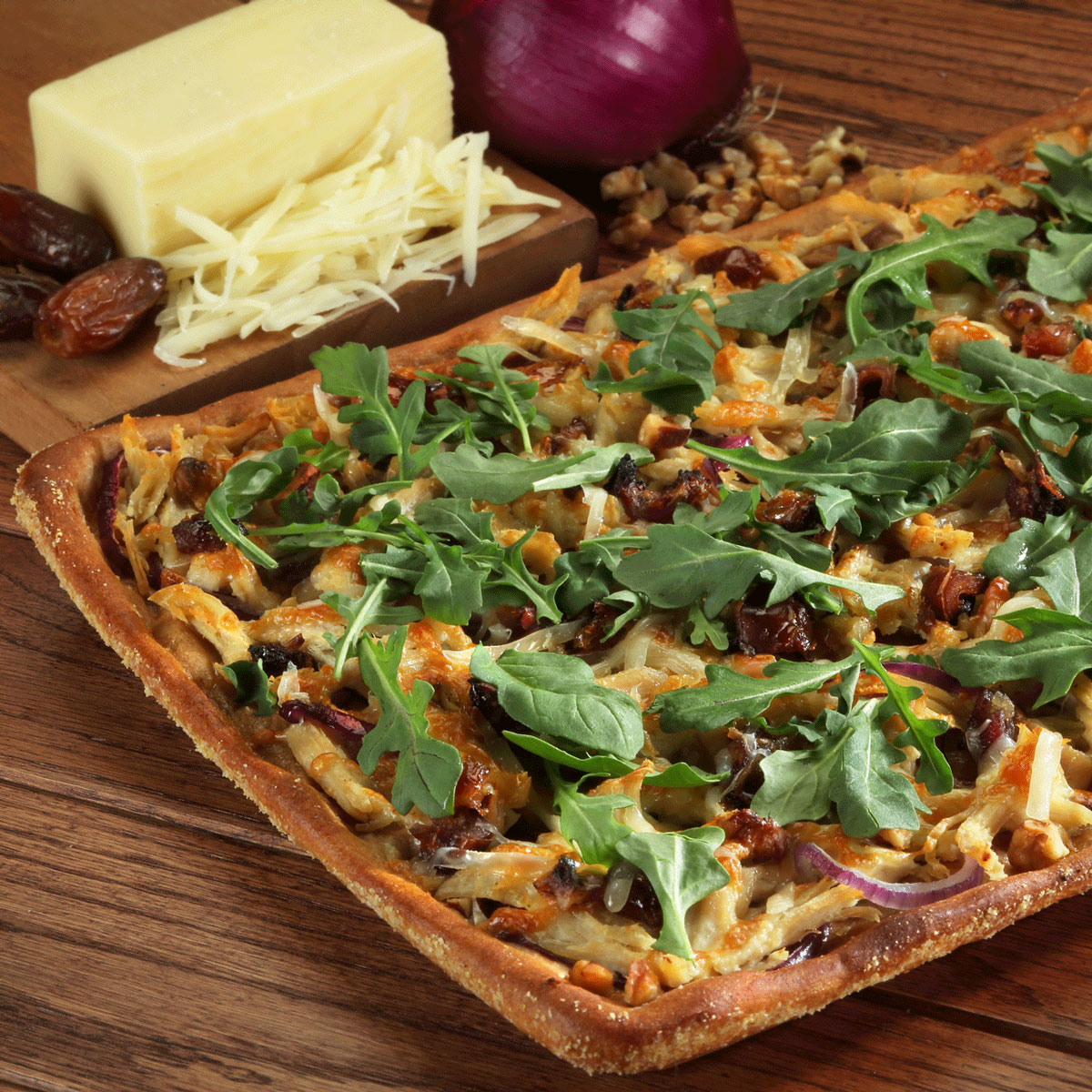 Shredded Chicken and Walnut Pizza