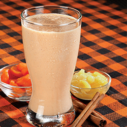 carrot cake smoothie in a glass