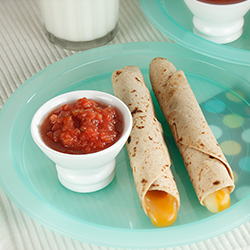cheese roll ups with dipping sauce